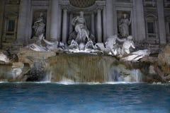Fontana Di trevi 's nachts, Rome, Italië Stock Afbeelding