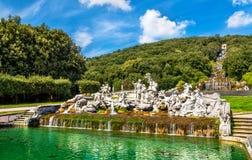 Fontana di Venere e Adone på Royal Palace av Caserta fotografering för bildbyråer