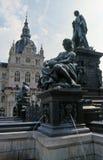 Fontana e municipio a Graz fotografia stock libera da diritti