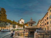 Fontana ed altare della patria a Roma Fotografie Stock Libere da Diritti