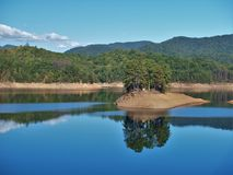 fontana lake fotografering för bildbyråer