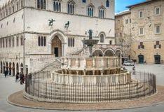 Fontana Maggiore στην πλατεία IV Novembre στην Περούτζια, Ουμβρία, Ιταλία Στοκ εικόνα με δικαίωμα ελεύθερης χρήσης