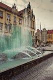 Fontana nel centro di Wroclaw, Polonia Immagini Stock Libere da Diritti