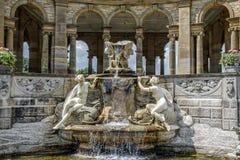 Fontana nel giardino dell'italiano del castello di Hever Fotografia Stock Libera da Diritti