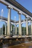 Fontana in Peterhof immagini stock