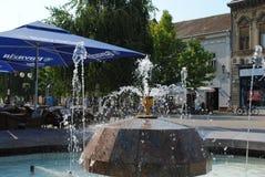 Fontana in poca città Vrsac immagine stock
