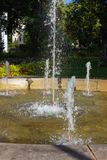 fontana storica al parco della città di rokoko fotografia stock
