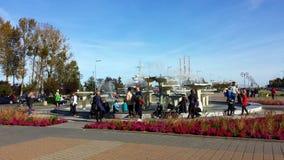 Fontana sul quadrato di Kosciuszko a Gdynia, Polonia Fotografia Stock Libera da Diritti
