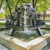Fontana in un parco Immagini Stock Libere da Diritti
