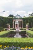 Fontana in uno stile classico Immagini Stock