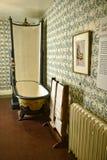 Fontanería temprana con la ducha en una casa de campo hermosa cerca de Leeds West Yorkshire que no es una propiedad de confianza  Fotografía de archivo libre de regalías
