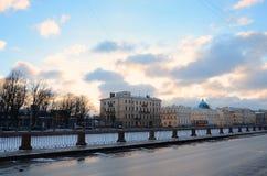 Fontanka河堤防 圣彼德堡,俄罗斯 免版税图库摄影