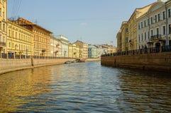 Fontankarivier in Heilige Petersburg Rusland stock fotografie