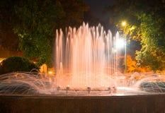 Fontann światła przy nocą, miasto park Fotografia Royalty Free