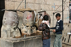 fontann stary jawny Sanaa miasteczko Yemen Obraz Stock