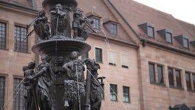 Fontanna cnoty: Nuremberg, Niemcy fotografia stock