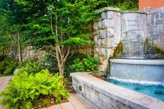 Fontanna i ogród przy Podgórskim parkiem w Atlanta, Gruzja obrazy royalty free