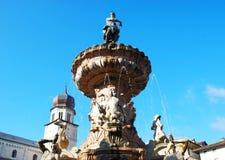 Fontanna Neptune, Fontana Del Nettuno, Trento, Trentino Altowy Adige, Włochy zdjęcie stock