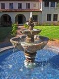 fontanna podwórzowa hiszpańska Obraz Royalty Free