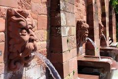 Fontanne del doccione a Aschaffenburg, Germania Fotografie Stock