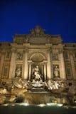 fontanny noc trevi Zdjęcia Royalty Free