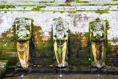 Fontanny przy Goa Świątynią Gajah, Bali, Indonezja zdjęcia stock