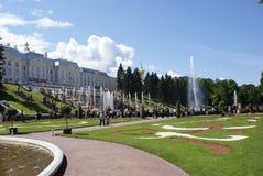 fontanny Statuy i zabytki St Petersburg Miasta St Petersburg architektura Fontanny w kwadratach i ulicach Obraz Stock