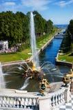 fontanny złote peterhof statuy Obraz Royalty Free