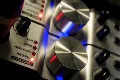 Fonte audio profissional da carta-som/controle entrado imagem de stock