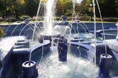 Fonte azul em Subotica fotos de stock royalty free