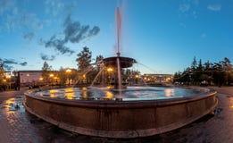Fonte bonita no quadrado de Kirov, Irkutsk Fotografia de Stock Royalty Free