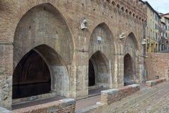 Fonte Branda 1 - Siena Arkivbilder