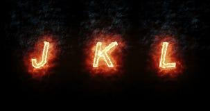 Fonte bruciante J, K, l, testo di parola del fuoco con la fiamma e fumo su fondo nero, concetto della decorazione di alfabeto di  royalty illustrazione gratis