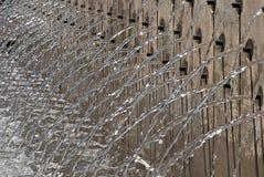 Fonte com os bicos de água múltiplos Fotos de Stock