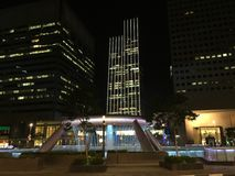 fonte da riqueza na luz da noite de singapore Fotos de Stock