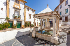 Fonte DA Vila (la fontaine de la ville) dans le quart juif de Castelo de Vide Photo libre de droits