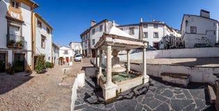 Fonte DA Vila (la fontaine de la ville) dans le quart juif de Castelo de Vide Photo stock