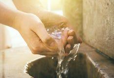Fonte de agua potável imagem de stock