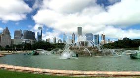 A fonte de Buckingham é um marco de Chicago vídeos de arquivo