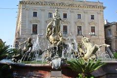 A fonte de Diana - (Ortigia/Siracusa) Fotografia de Stock Royalty Free