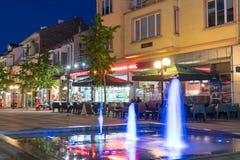 Fonte de incandescência, perto do café da noite em Pomorie, Bulgária Fotos de Stock