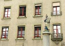 Fonte de Moses da estátua no nsterplatz do ¼ de MÃ em Berna, Suíça Foto de Stock