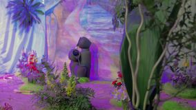 Fonte decorativa do jardim filme