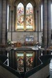 Fonte della cattedrale di Salisbury immagini stock libere da diritti