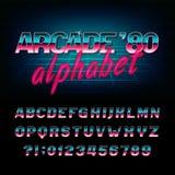 Fonte di alfabeto del ` s della galleria 80 retro Lettere oblique brillanti e numeri di effetto metallico Immagine Stock