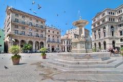 Fonte dos leões na plaza de San Francisco em Havana Fotografia de Stock