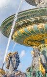 Fonte em Concorde Square, Paris - França imagem de stock