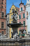 Fonte famosa do Netuno na cidade velha de Gdansk, Polônia Imagem de Stock