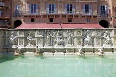 Fonte Gaia, Siena, Toscanië, Italië Stock Foto's
