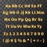 Fonte lustrosa do metal Letras e números dourados no fundo transparente Fotografia de Stock